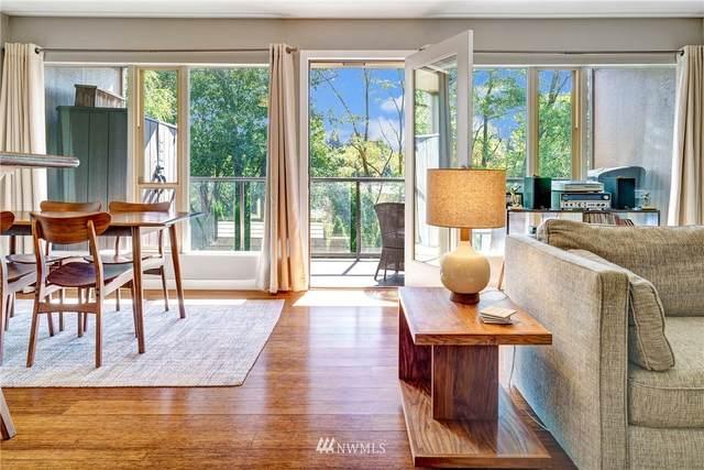 3933 S Pearl Street #10, Seattle, WA 98118 (#1844006) :: Ben Kinney Real Estate Team