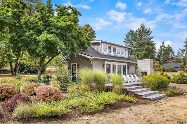 9410 SW 264th Street, Vashon, WA 98070 (MLS #1844433) :: Reuben Bray Homes