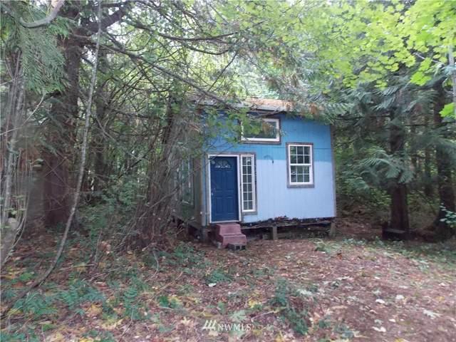 16320 Lawrence Lake Road SE, Yelm, WA 98597 (#1844530) :: Keller Williams Western Realty