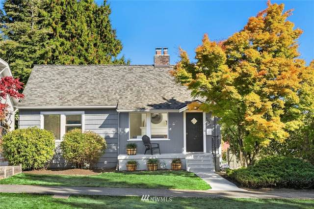 8026 14th Avenue NE, Seattle, WA 98115 (#1844685) :: Hao Dang and Associates