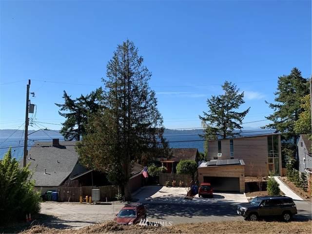 10100 51st Avenue SW, Seattle, WA 98146 (#1844921) :: Franklin Home Team