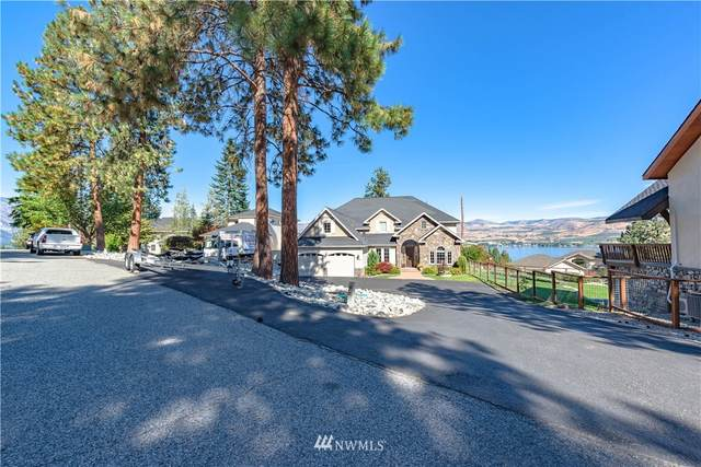 4120 Lakeview Place, Chelan, WA 98816 (MLS #1845029) :: Community Real Estate Group