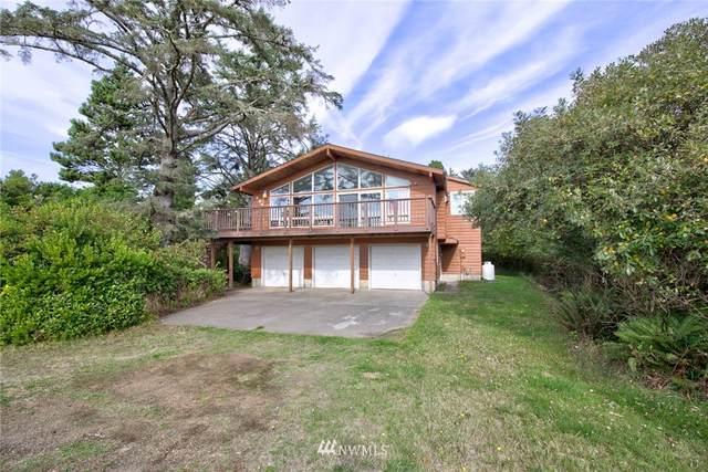 576 Puffin Avenue NE, Ocean Shores, WA 98569 (#1845976) :: Urban Seattle Broker