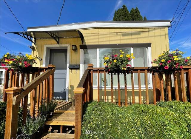 1628 SW Holden Street, Seattle, WA 98106 (#1847829) :: Franklin Home Team