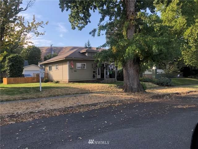 214 E Park Street, Dayton, WA 99328 (#1848825) :: McAuley Homes
