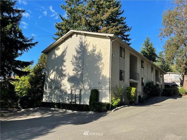 6734 112th Avenue NE A2, Kirkland, WA 98033 (#1849100) :: Neighborhood Real Estate Group