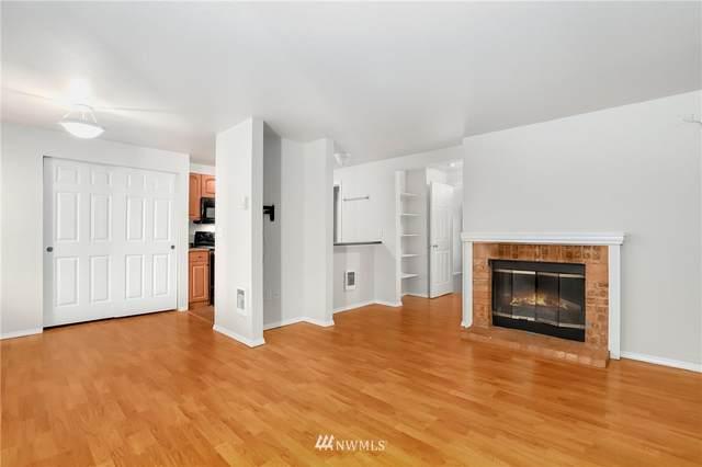 15433 Country Club Drive D202, Mill Creek, WA 98012 (#1849157) :: Neighborhood Real Estate Group
