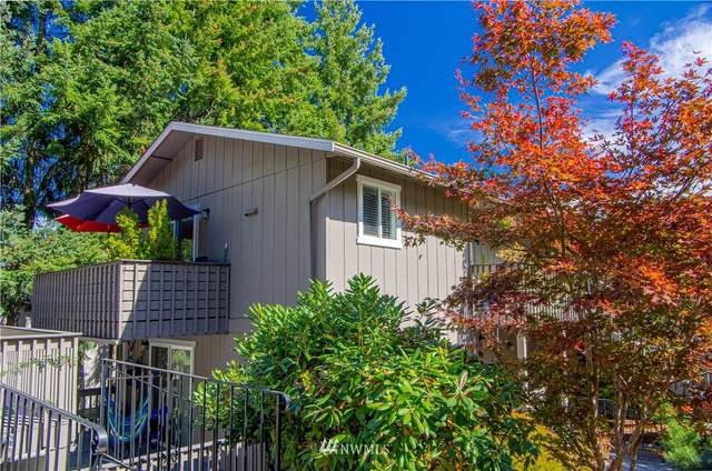 10000 SE 6th Street B2, Bellevue, WA 98004 (#1849787) :: Ben Kinney Real Estate Team