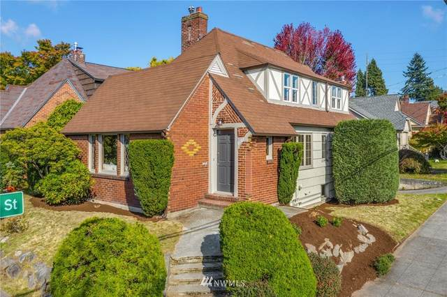 8102 4th Avenue NE, Seattle, WA 98115 (#1849822) :: Franklin Home Team
