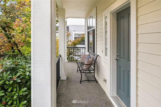 6798 161st Avenue SE A, Bellevue, WA 98006 (#1850508) :: Neighborhood Real Estate Group