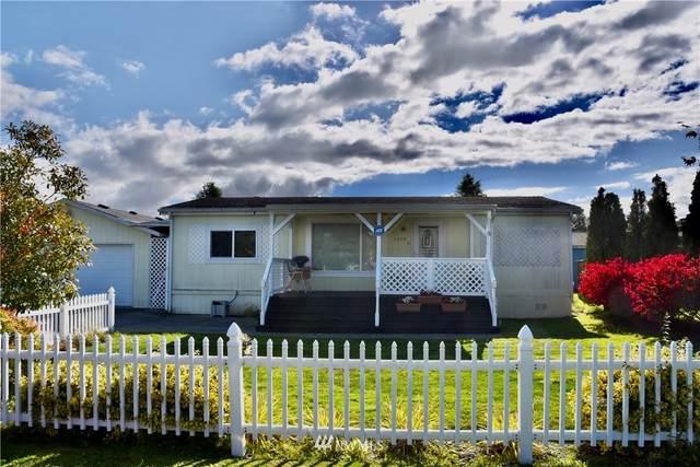 5579 Bay Ridge Drive, Blaine, WA 98230 (#1850569) :: Keller Williams Realty
