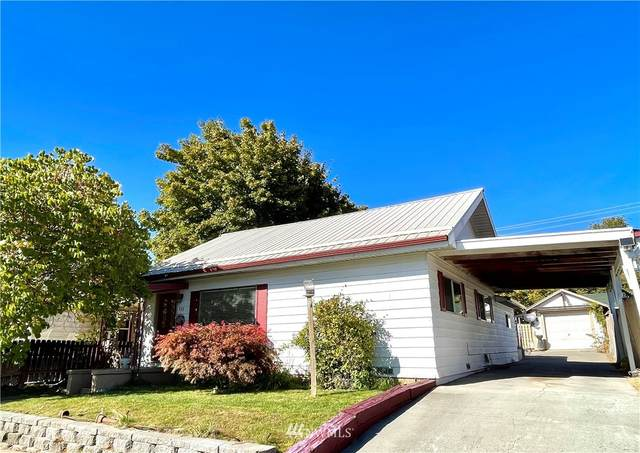 117 E Bartlett Avenue, Omak, WA 98841 (#1850780) :: McAuley Homes
