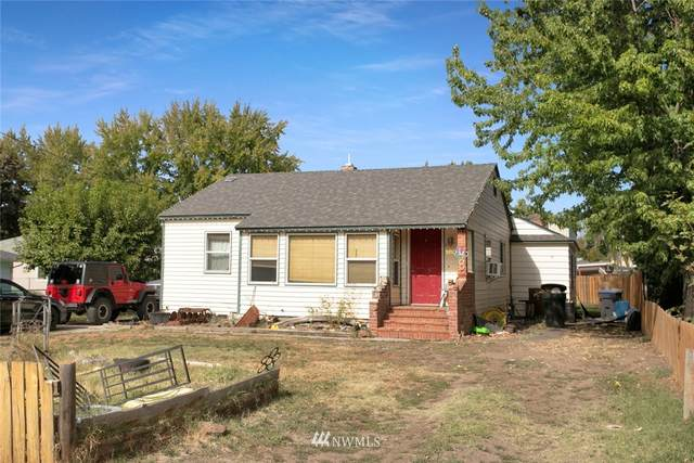 1805 Loubeck Street, Walla Walla, WA 99362 (#1850984) :: Keller Williams Western Realty