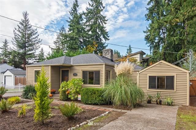 1544 NE 107th Street, Seattle, WA 98125 (#1851159) :: Coldwell Banker Bain