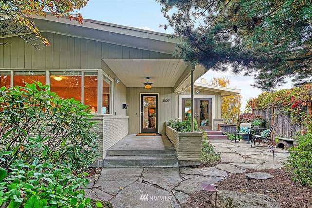 1609 46th Avenue SW, Seattle, WA 98116 (#1851813) :: Neighborhood Real Estate Group