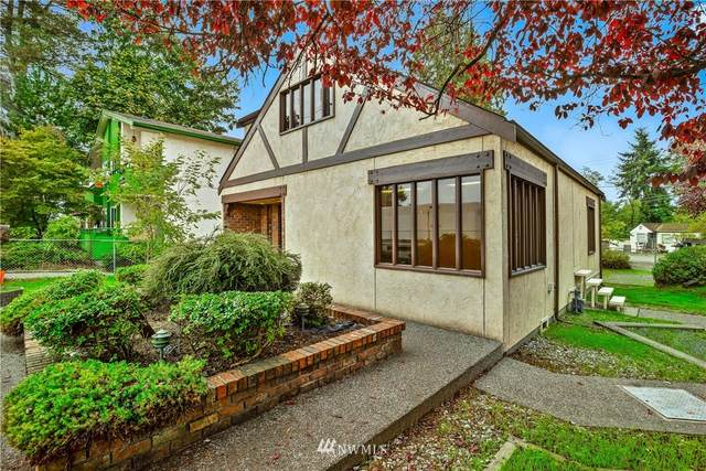 3003 NE 120th Street, Seattle, WA 98125 (MLS #1852038) :: Reuben Bray Homes