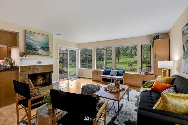1101 Bellefield Park Lane #1121, Bellevue, WA 98004 (#1852044) :: Ben Kinney Real Estate Team