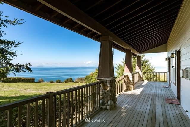1323 West Beach Road, Oak Harbor, WA 98277 (#1852063) :: Franklin Home Team