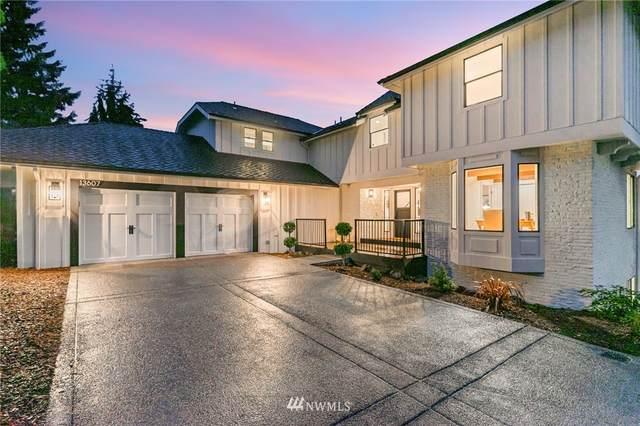 13607 SE 55th Place, Bellevue, WA 98006 (#1852091) :: McAuley Homes