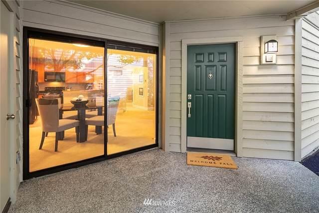 1256 Bellevue Way NE #3, Bellevue, WA 98004 (#1852251) :: Ben Kinney Real Estate Team