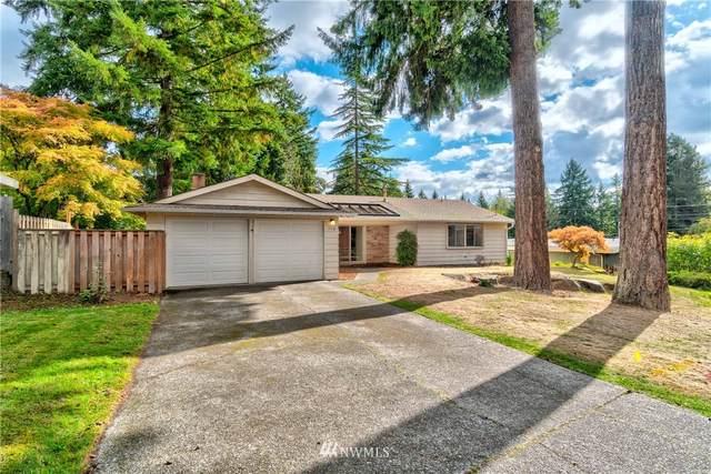 112 165th Avenue NE, Bellevue, WA 98008 (#1852324) :: Stan Giske