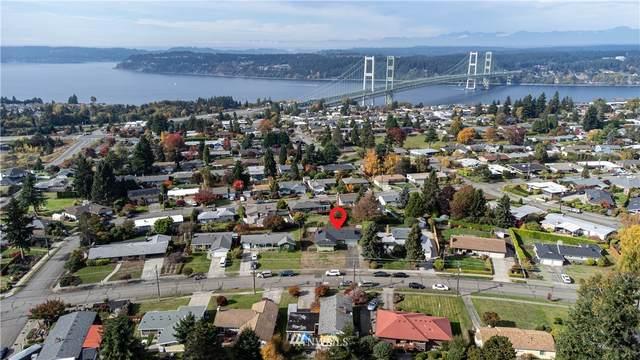 1122 N Skyline Drive, Tacoma, WA 98406 (#1852381) :: Keller Williams Realty