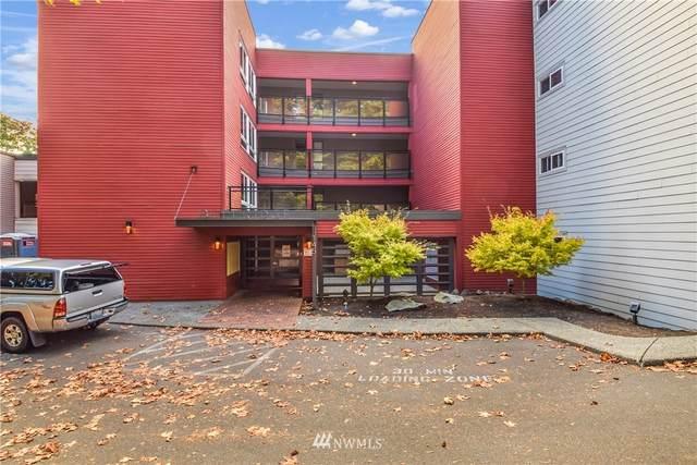145 105th Avenue SE #31, Bellevue, WA 98004 (#1852431) :: Neighborhood Real Estate Group