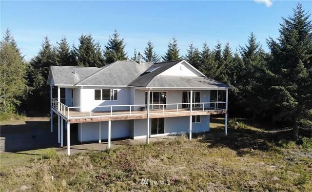 3249 St Rt 105, North Cove, WA 98547 (#1852762) :: Costello Team