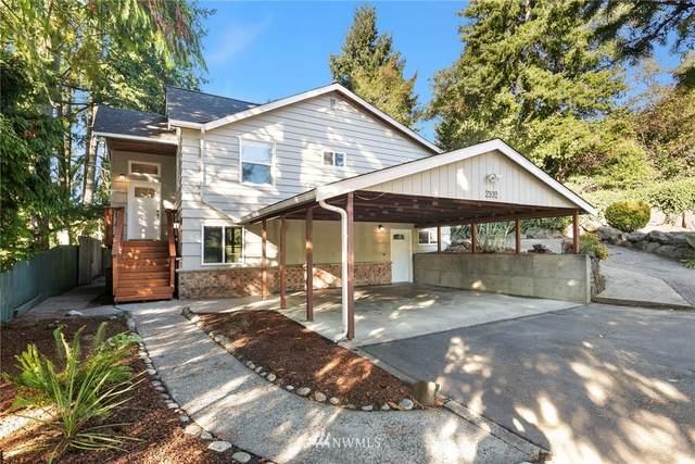 2102 SW 104th Street, Seattle, WA 98146 (#1852905) :: Icon Real Estate Group