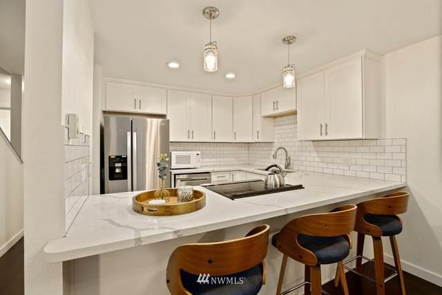 19228 15th Avenue NE A1, Shoreline, WA 98155 (#1854046) :: Better Properties Real Estate