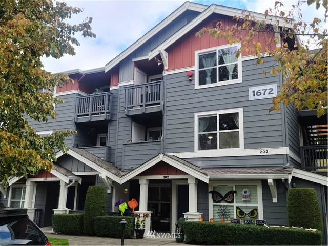 1672 25th Place NE #202, Issaquah, WA 98029 (#1854349) :: Lucas Pinto Real Estate Group