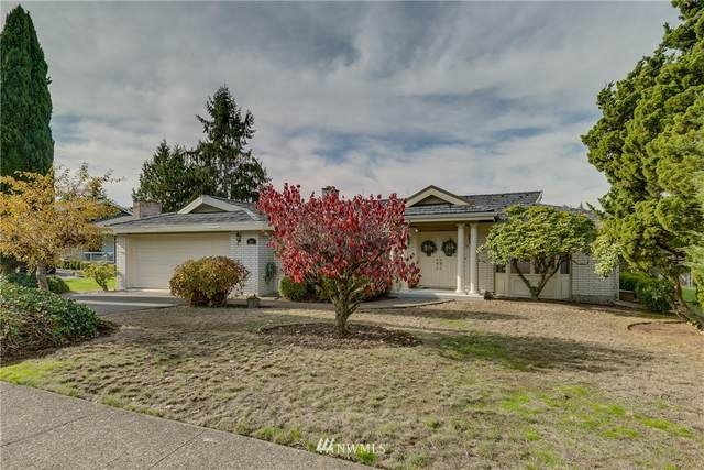 901 144th Place SE, Bellevue, WA 98007 (#1854519) :: Lucas Pinto Real Estate Group