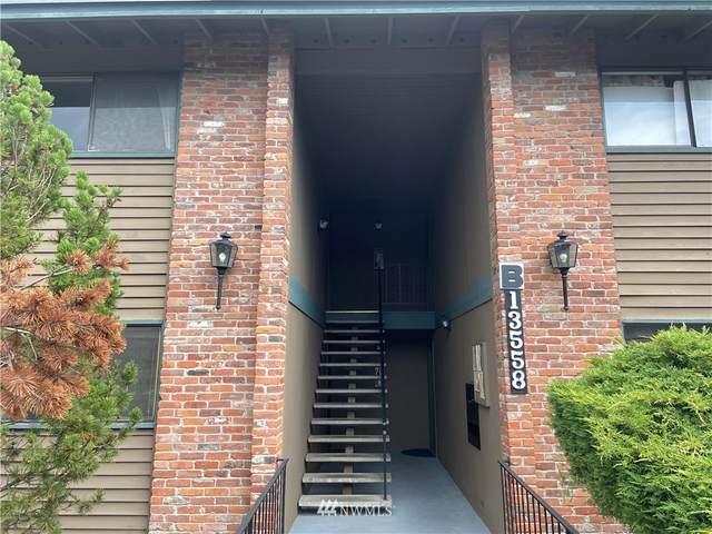 13558 37th Avenue S #22, Tukwila, WA 98168 (#1854580) :: Lucas Pinto Real Estate Group