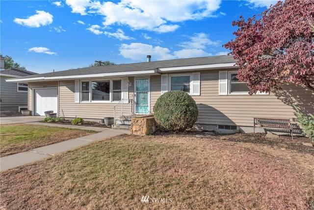 1122 Linwood Avenue, Wenatchee, WA 98801 (#1854785) :: McAuley Homes
