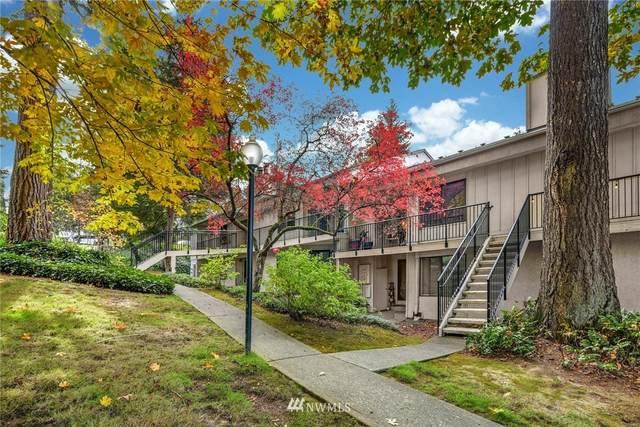 11616 127th Lane NE B5, Kirkland, WA 98034 (#1855329) :: Ben Kinney Real Estate Team