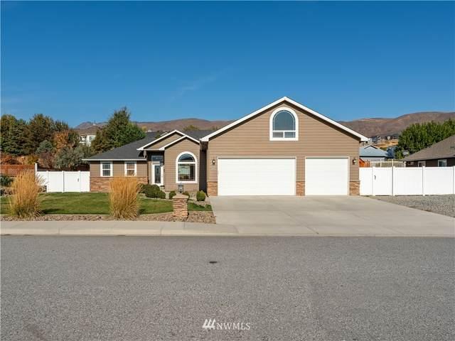 251 Lilly Lane, Wenatchee, WA 98801 (#1855623) :: McAuley Homes