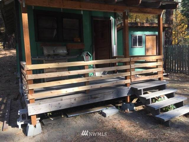 17964 Entiat River Road, Entiat, WA 98822 (#1855822) :: Keller Williams Western Realty