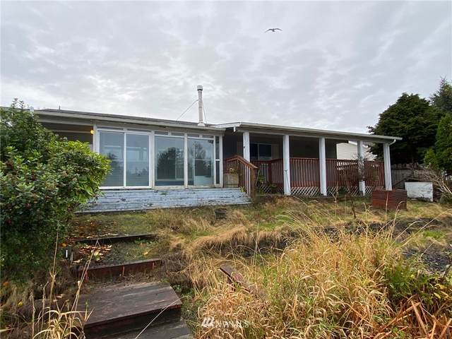 916 Point Brown Avenue SE, Ocean Shores, WA 98569 (#1855850) :: Keller Williams Realty