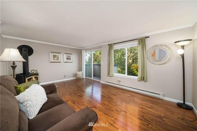 18102 15th Avenue NE B205, Shoreline, WA 98155 (#1856094) :: Better Properties Real Estate