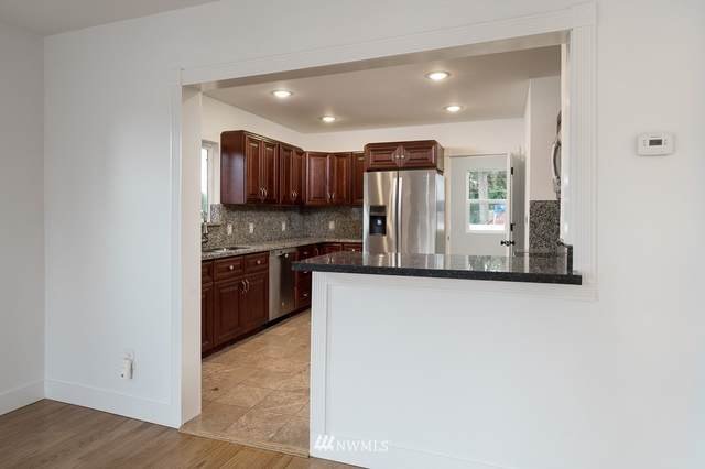 1618 S 14th Street, Tacoma, WA 98405 (MLS #1856109) :: Brantley Christianson Real Estate