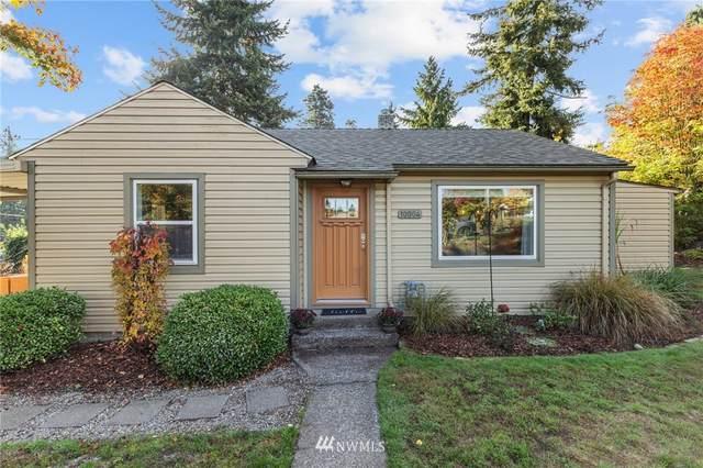 10004 31st Avenue SW, Seattle, WA 98146 (#1856123) :: Provost Team | Coldwell Banker Walla Walla