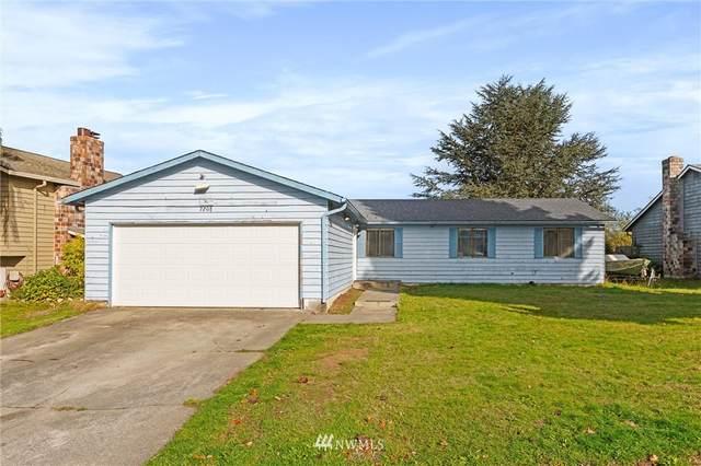 7208 7th Drive W, Everett, WA 98203 (#1856478) :: Alchemy Real Estate