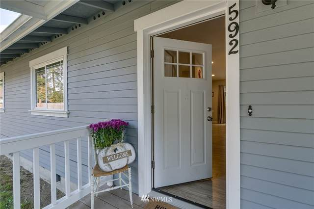 592 Kodiak Avenue, Camano Island, WA 98282 (#1856694) :: Better Properties Real Estate