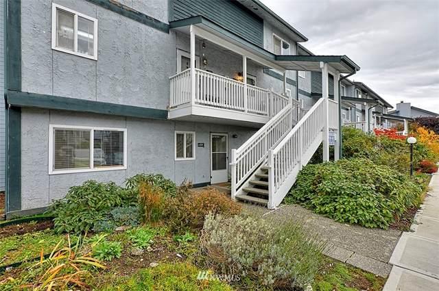 8823 Holly Drive H101, Everett, WA 98208 (#1856907) :: Ben Kinney Real Estate Team