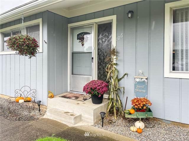 106 E Cedar Avenue, Montesano, WA 98563 (#1857002) :: Ben Kinney Real Estate Team