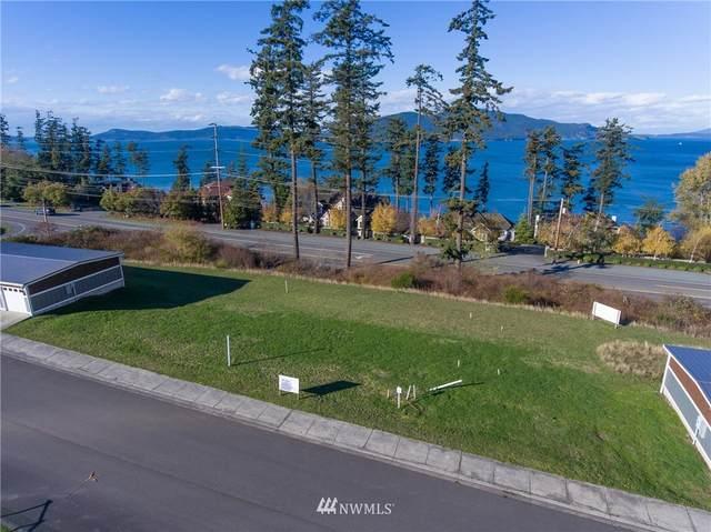 3910 Isle Way, Anacortes, WA 98221 (#1857481) :: The Kendra Todd Group at Keller Williams
