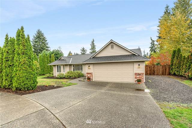 1327 215th Place SW, Lynnwood, WA 98036 (#1857622) :: NW Homeseekers