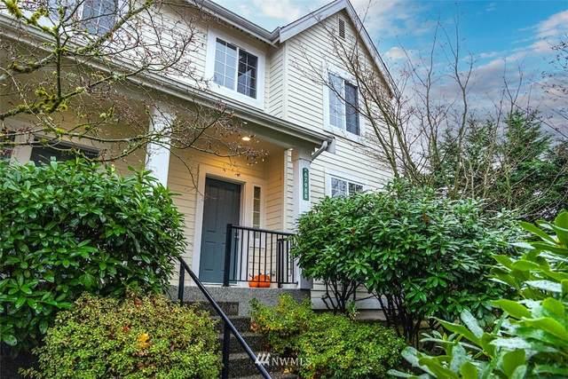 6798 161st Avenue SE B, Bellevue, WA 98006 (#1858726) :: NW Homeseekers