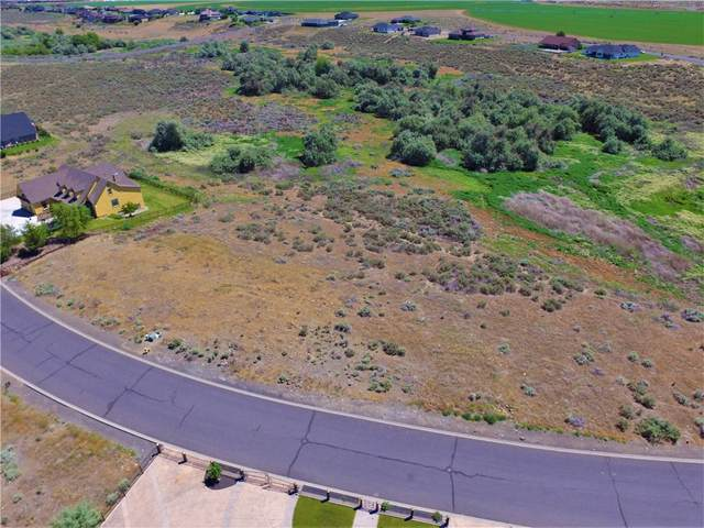 7636 Dune Lake Road, Moses Lake, WA 98837 (#23098162) :: Tribeca NW Real Estate