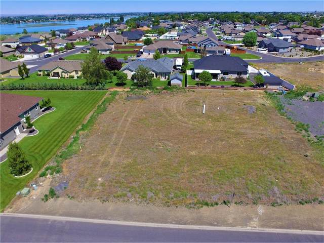 9090 Dune Lake Road, Moses Lake, WA 98837 (#23098318) :: Better Homes and Gardens Real Estate McKenzie Group
